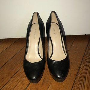 Nine West Black pump
